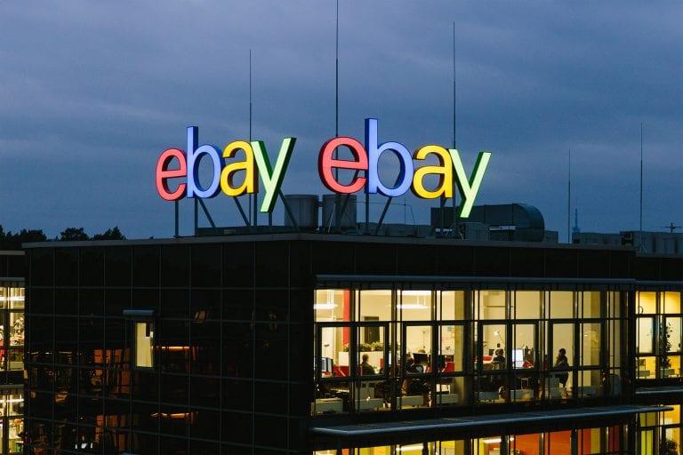 Nintendo Switch in super offerta su eBay