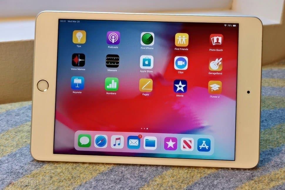 Amazon sconta ben tre iPad oggi
