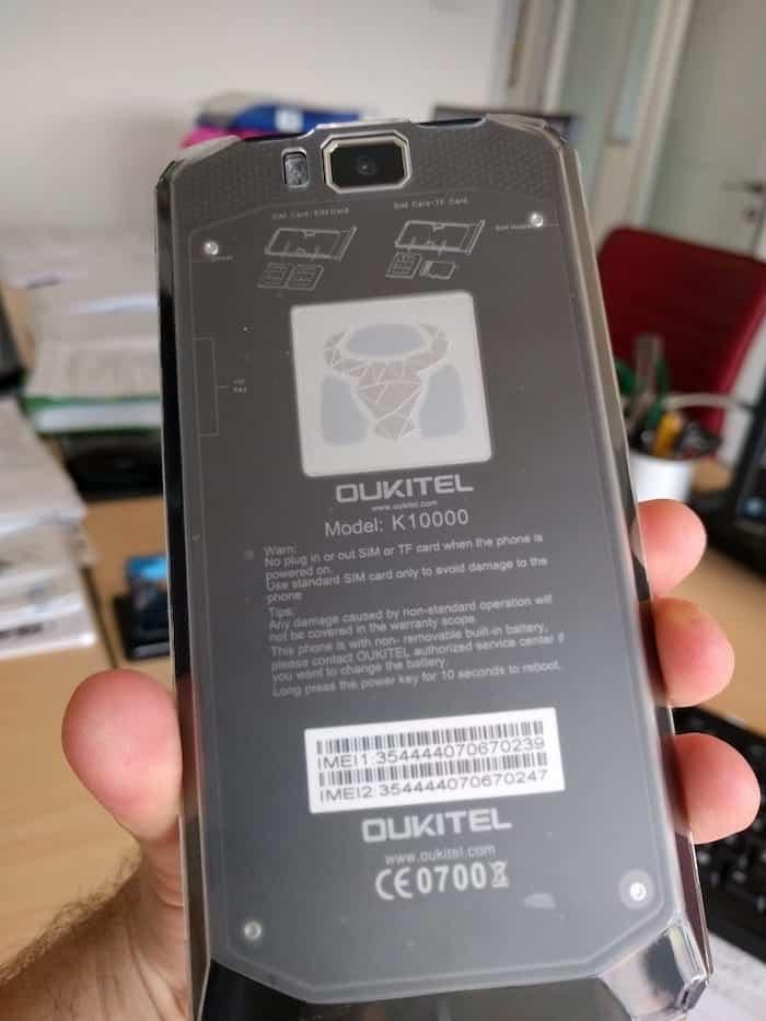Oukitel K10000: smartphone dalla batteria infinita