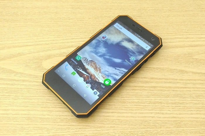 Nomu S10 Pro è lo smartphone che resiste a tutto