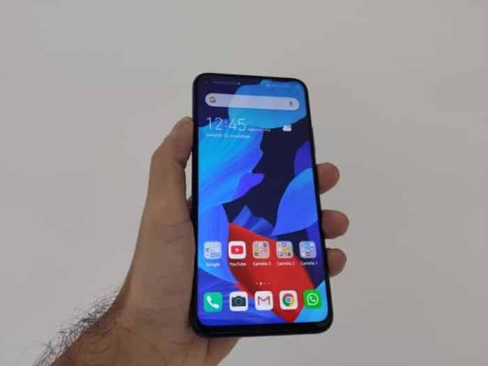 Huawei Nova 5T, lo smartphone giovane da top di gamma
