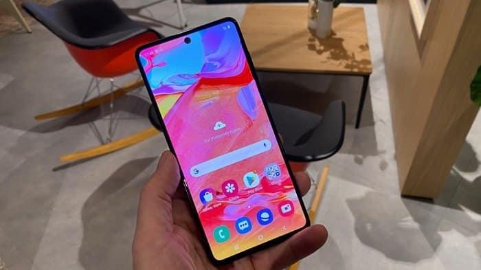 Galaxy A71 display