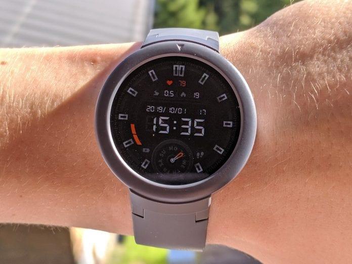 I tre smartwatch con la migliore autonomia