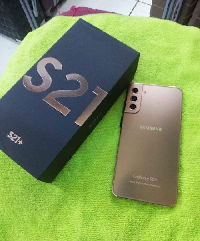 Nuova truffa propone Samsung Galaxy S21 Plus e S21 Ultra