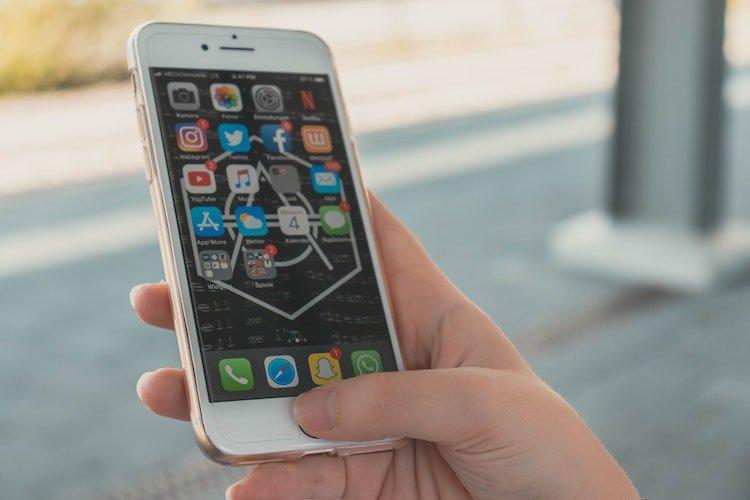 WhatsApp: come non farsi aggiungere alle chat e ai gruppi