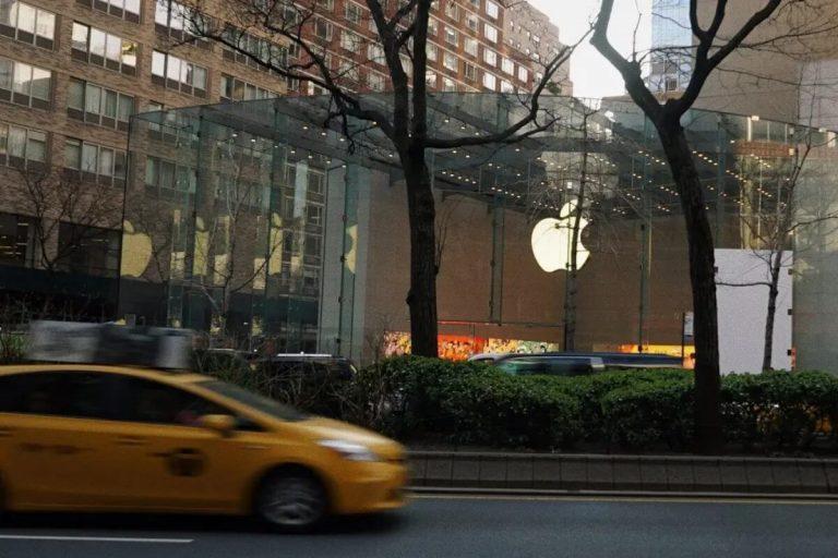 Festa del papà: ecco il regalo giusto per il fan Apple