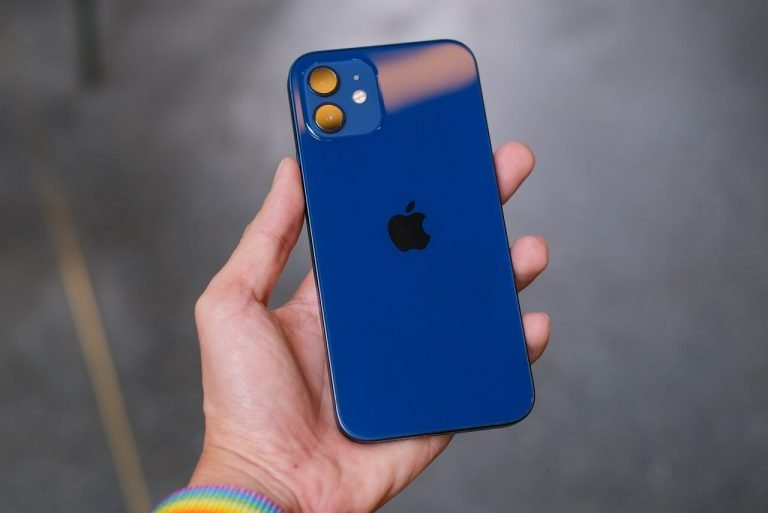 Come avere due nano-SIM su iPhone 12